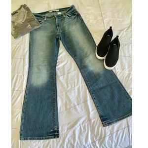Gap Flare Stretch Jeans! 👖💙